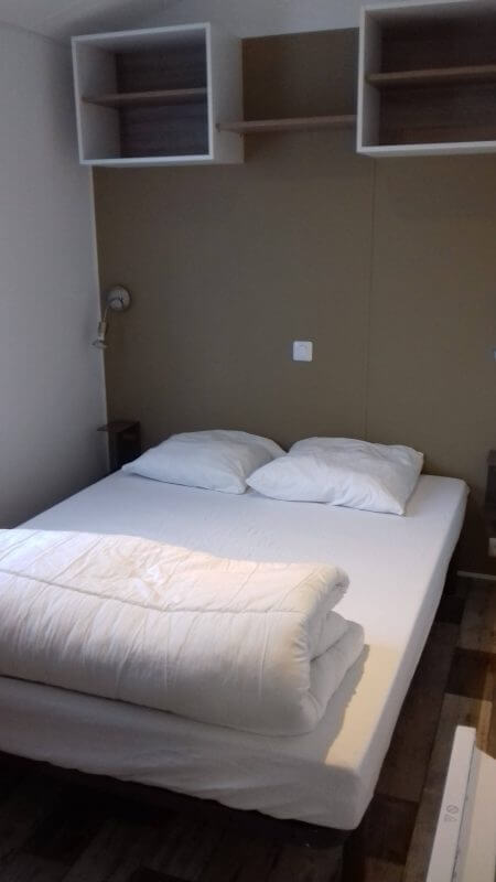 chambre lit double, location mobil-home carnac