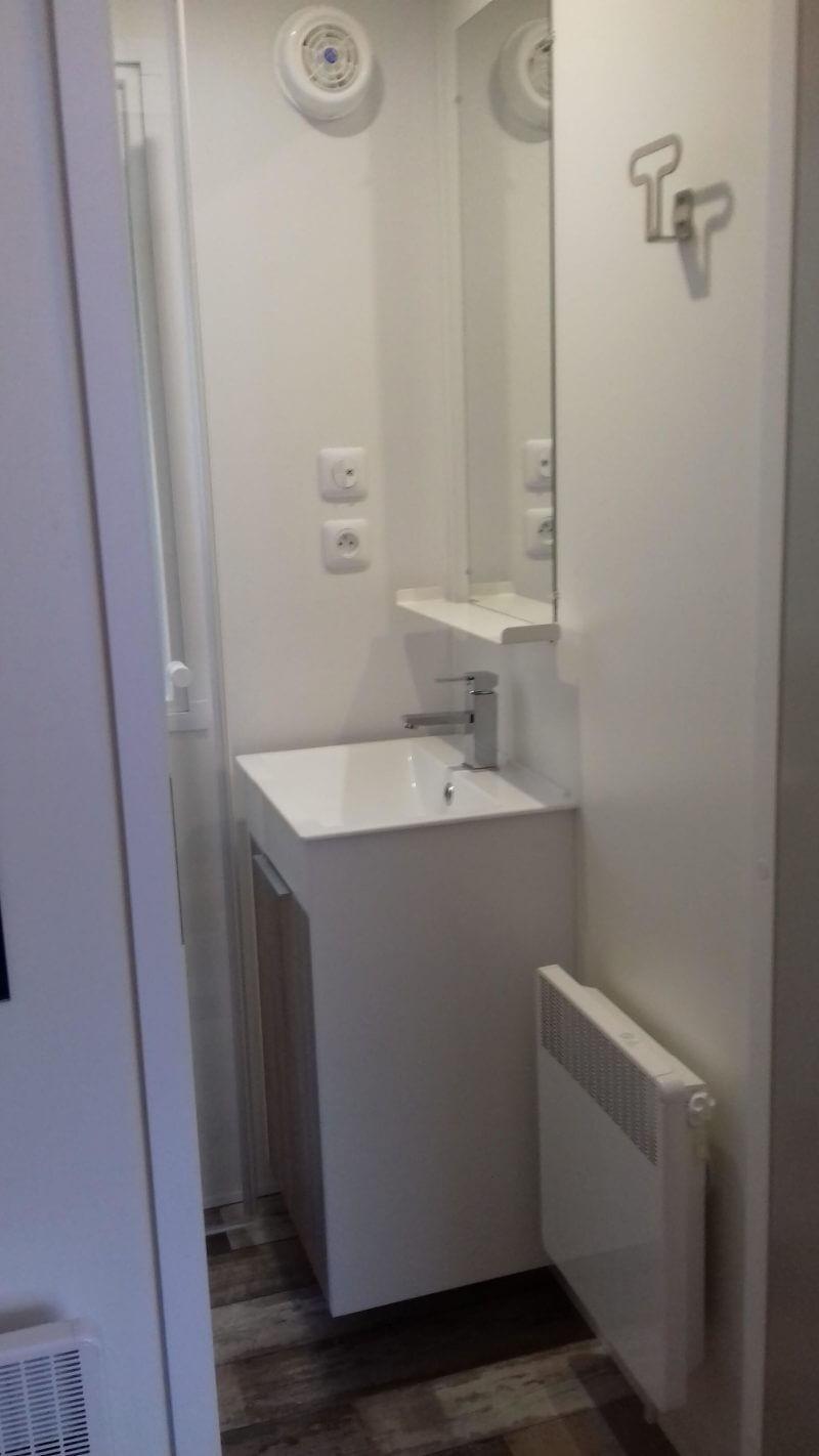 location mobil-home, salle de bain