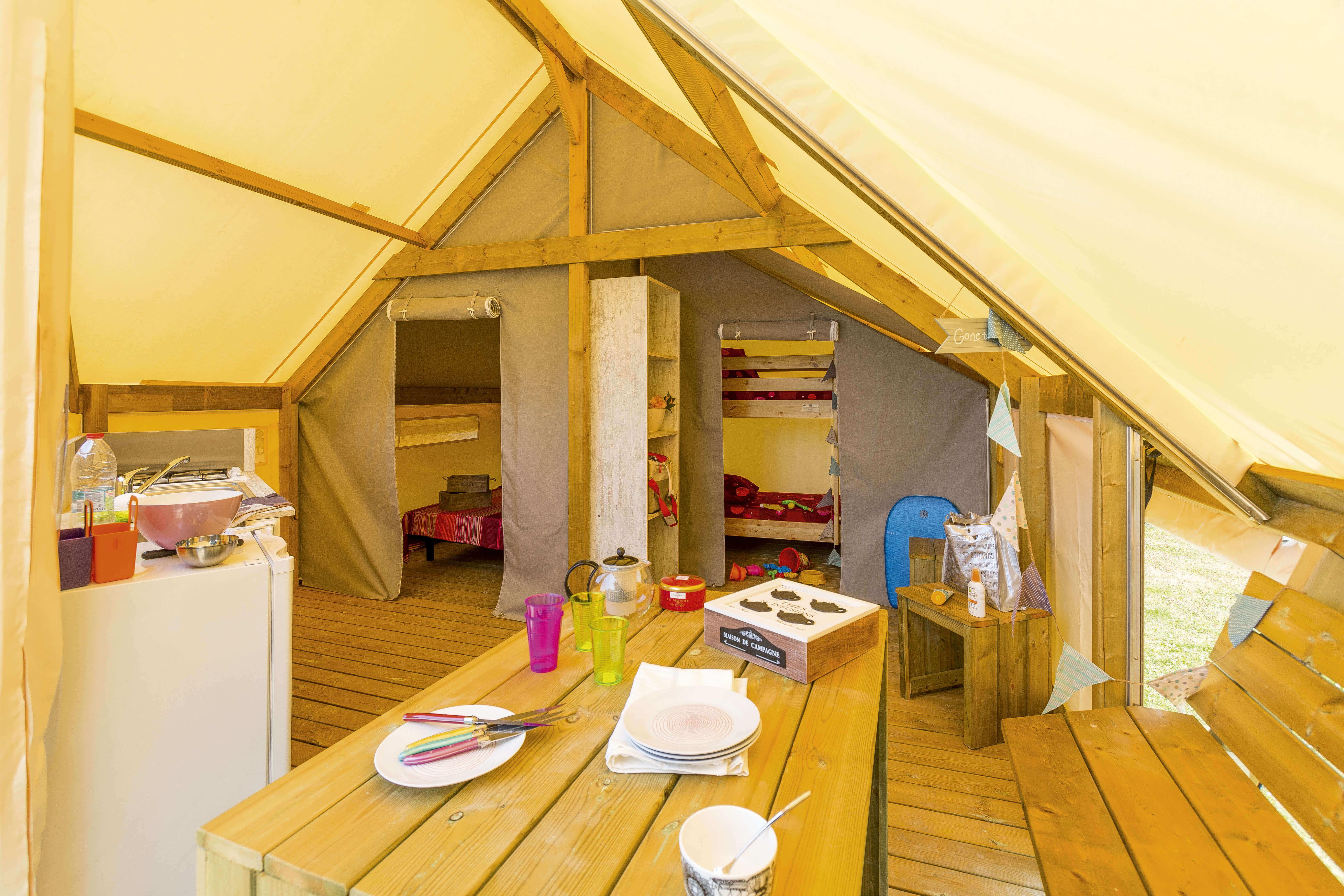 intérieur écolodge junior - camping de kergo-carnac-morbihan